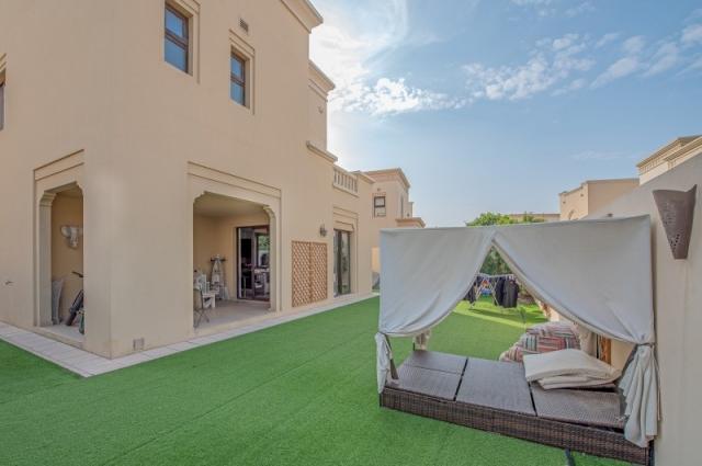 Casa, Arabian Ranches 2