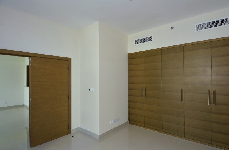 1 Bedroom Apartment For Sale in  Claren Tower 1,  Downtown Dubai | 8