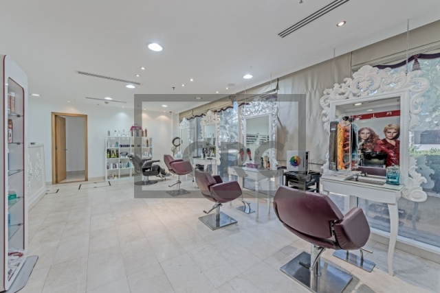 retail for sale in jumeirah lake towers, madina tower | 2