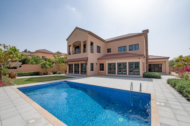 Redwood Avenue, Jumeirah Golf Estates