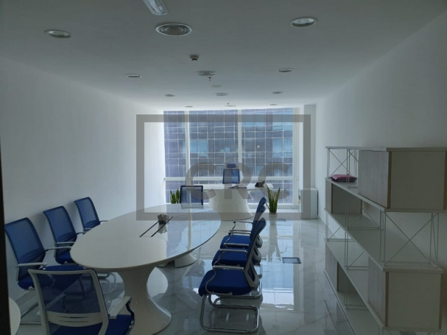 440 sq.ft. Office in Business Bay, Tamani Art Tower for AED 35,000