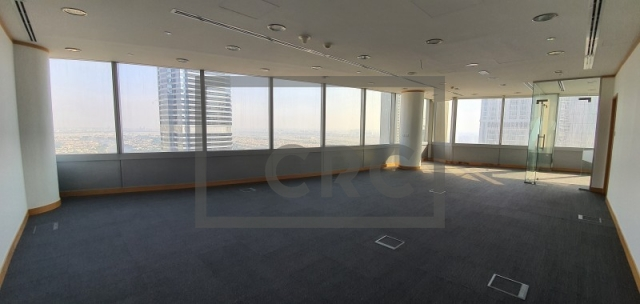 906 sq.ft. Office in Jumeirah Lake Towers, Gold Tower for AED 900,000