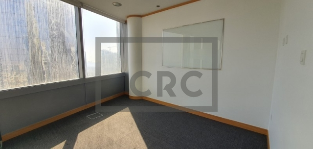 office for sale in jumeirah lake towers, gold tower   7