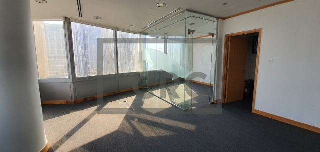 office for sale in jumeirah lake towers, gold tower   8
