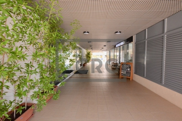 retail for sale in business bay, xl tower | 4