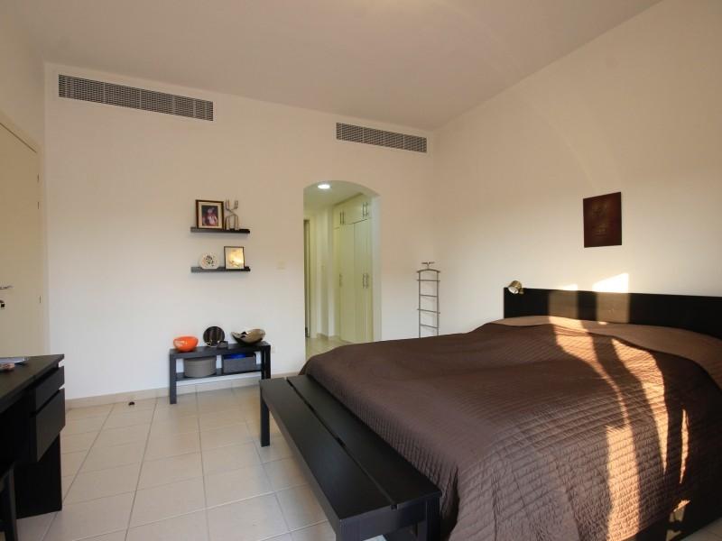 4 Bedroom Villa For Sale in  Meadows 5,  Meadows   6