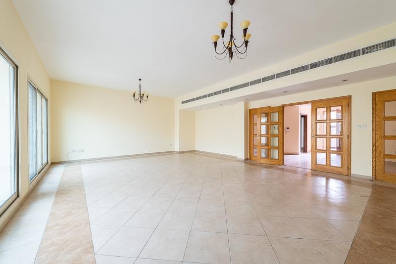 4 Bedroom Villa For Rent in  Al Safa 1,  Al Safa | 2