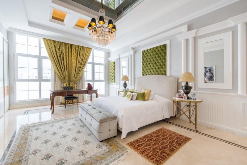 9 Bedroom Villa For Sale in  Umm Suqeim 2,  Umm Suqeim   2