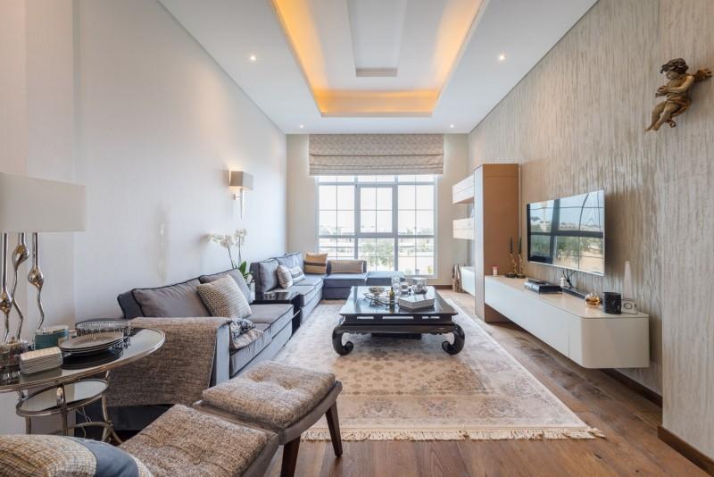 9 Bedroom Villa For Sale in  Umm Suqeim 2,  Umm Suqeim   7