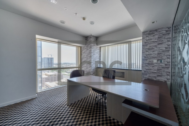1,585 sq.ft. Office in Sheikh Zayed Road, Millenium Plaza for AED 150,000