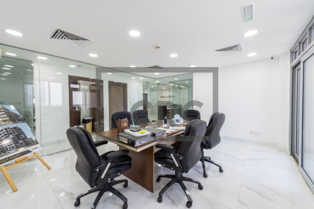 2,107 sq.ft. Office in Business Bay, Executive Tower D(Aspect) for AED 2,100,000