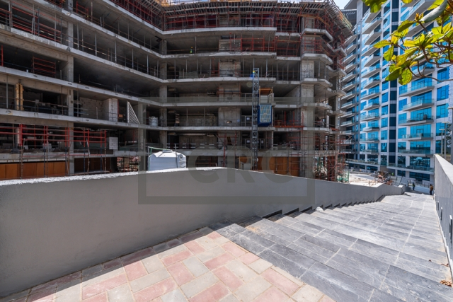 retail for sale in palm jumeirah, seven hotel and apartments the palm | 2
