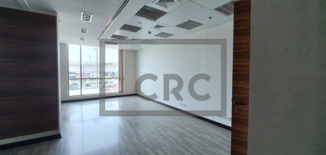 semi-furnished office for rent in al quoz, gold and diamond park building 4 | 6