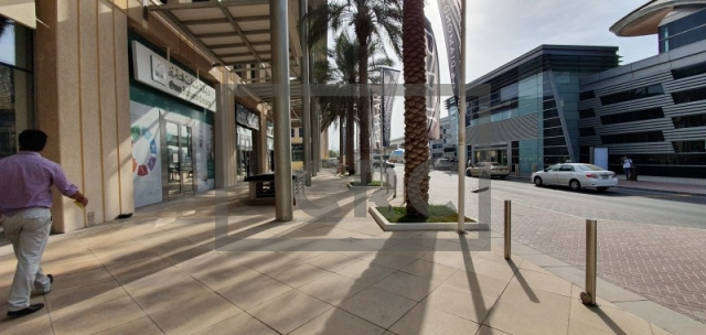 semi-furnished office for rent in al quoz, gold and diamond park building 4 | 8