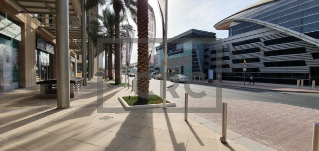 semi-furnished office for rent in al quoz, gold and diamond park building 4 | 9