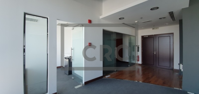 semi-furnished office for rent in al quoz, gold and diamond park bldg 7   3
