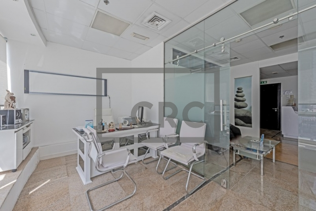 796 sq.ft. Office in Jumeirah Lake Towers, Fortune Tower for AED 550,000