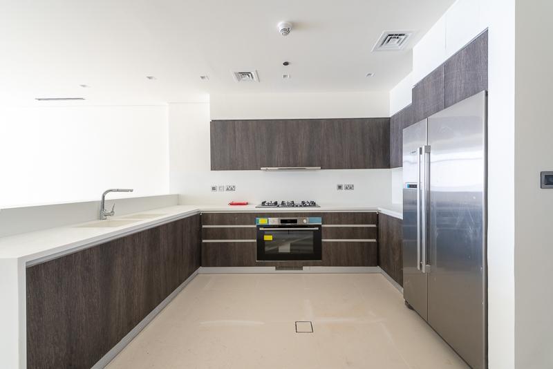 3 Bedroom Apartment For Rent in  Al Noor Tower,  Business Bay   7