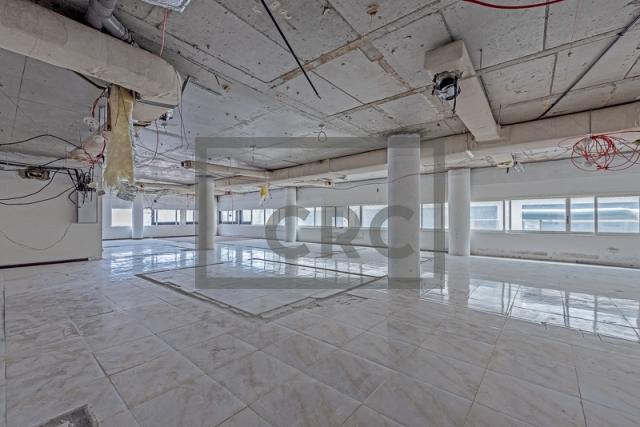 office for rent in al garhoud, airport road area | 6