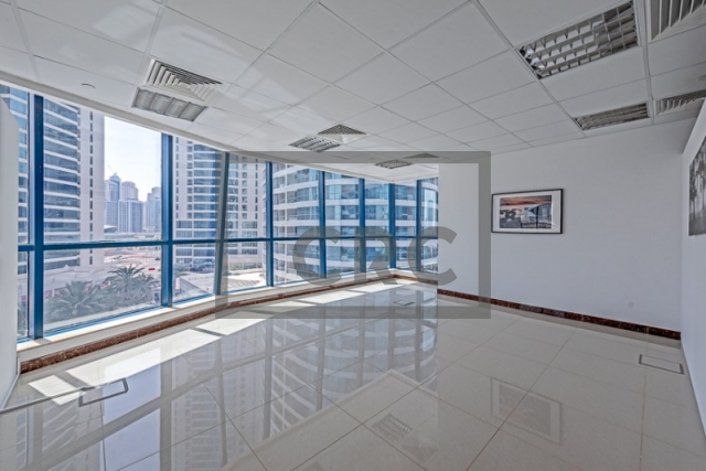 892 sq.ft. Office in Jumeirah Lake Towers, Jumeirah Bay X2 for AED 65,000