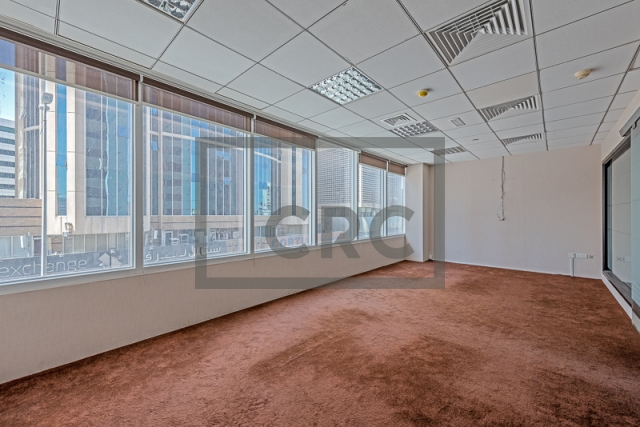 1,227 sq.ft. Office in Deira, Baniyas Road for AED 122,700