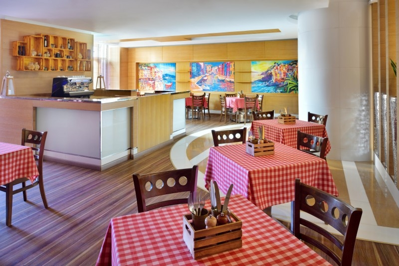 4 Bedroom Hotel Apartment For Rent in  Delta Hotels by Marriott Jumeirah Beach,  Jumeirah Beach Residence   7