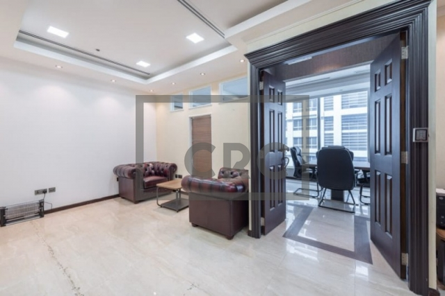 840 sq.ft. Office in Business Bay, Bayswater for AED 800,000