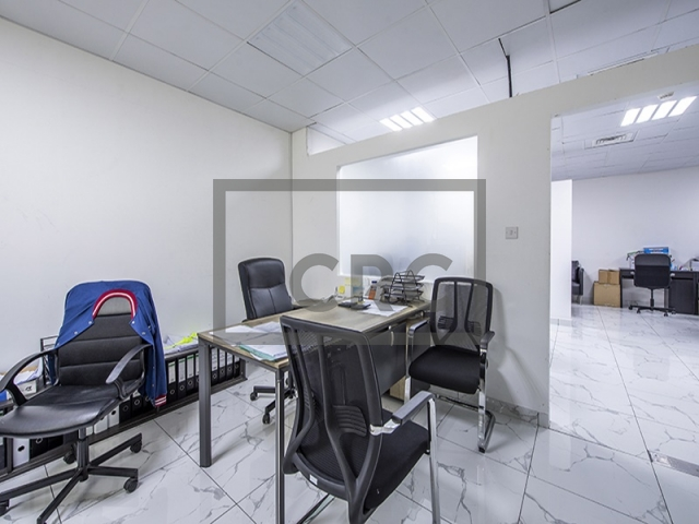 semi-furnished office for sale in business bay, clover bay tower   6