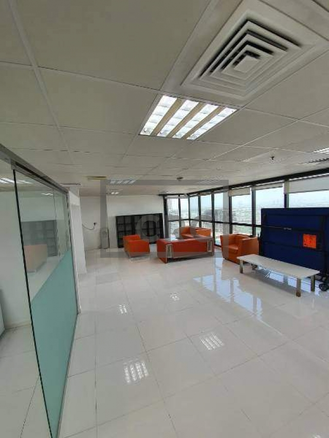 furnished office for sale in jumeirah lake towers, jumeirah business centre 4   6