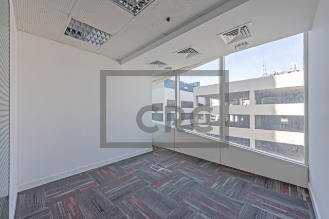 office for rent in sheikh zayed road, nassima tower   3