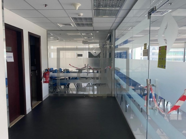 office for sale in jumeirah lake towers, platinum tower | 9