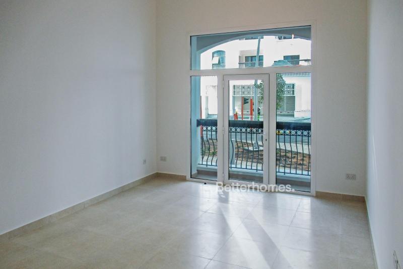 Studio Apartment For Sale in  Ansam 2,  Yas Island   4