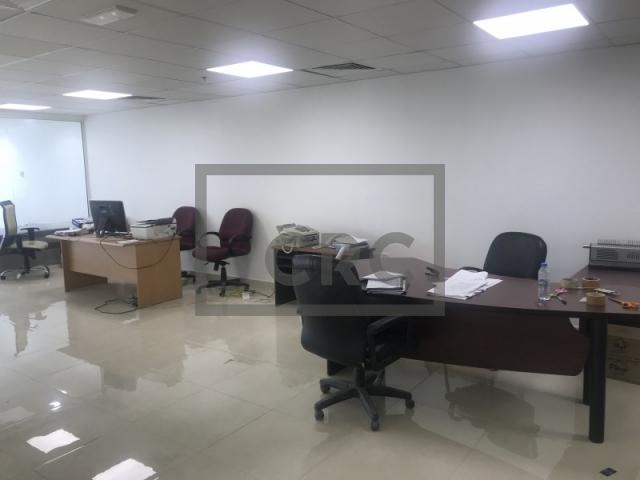 semi-furnished office for sale in dubai silicon oasis, apricot | 7