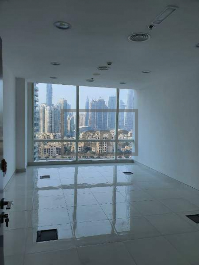 semi-furnished office for rent in business bay, tamani art tower | 4