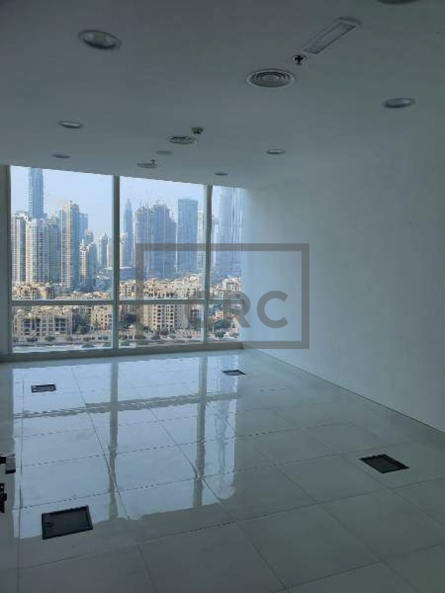semi-furnished office for rent in business bay, tamani art tower | 2