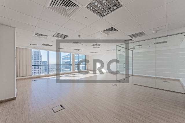 878 sq.ft. Office in Jumeirah Lake Towers, Jumeirah Bay X3 for AED 636,300