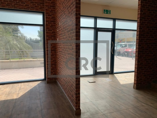 989 sq.ft. Retail in Jumeirah Lake Towers, Jumeirah Bay X3 for AED 1,482,825