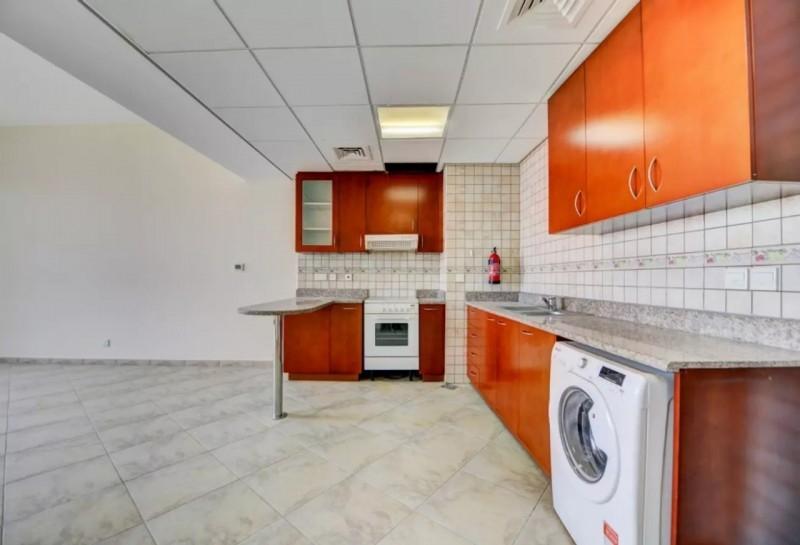 1 Bedroom Apartment For Rent in  Sherlock House 2,  Motor City   6