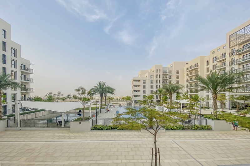 Zahra Apartments 1A, Town Square