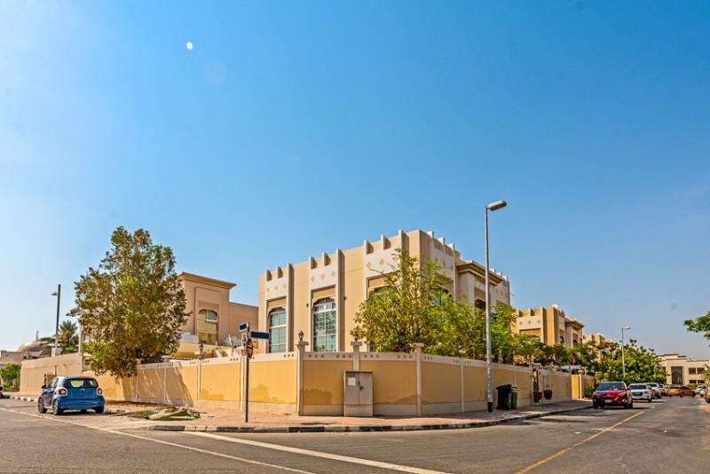 5 Bedroom Villa For Sale in  Jumeirah 1,  Jumeirah   10