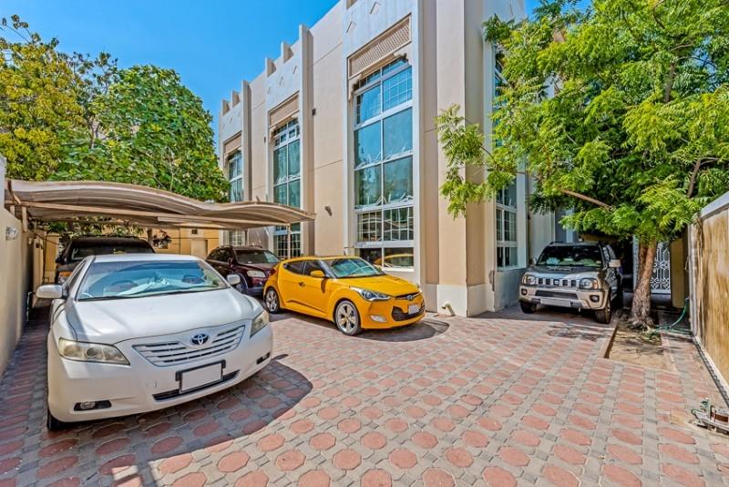 5 Bedroom Villa For Sale in  Jumeirah 1,  Jumeirah   0