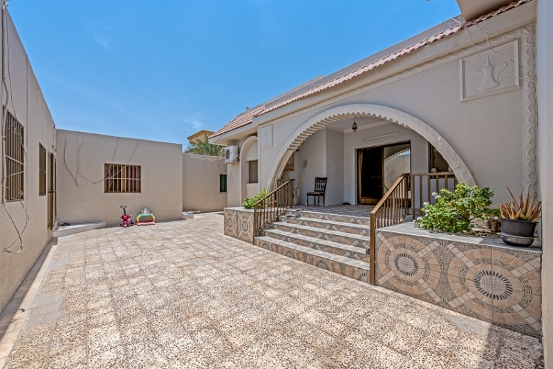 9 Bedroom Villa For Sale in  Jumeirah 3,  Jumeirah | 7