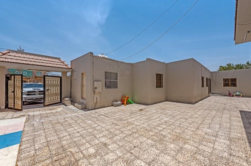 Jumeirah 3, Jumeirah