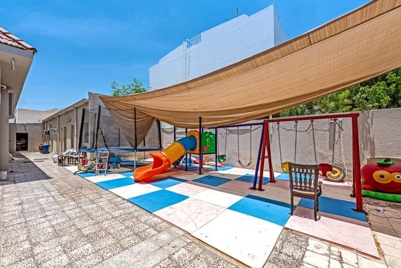 9 Bedroom Villa For Sale in  Jumeirah 3,  Jumeirah | 10