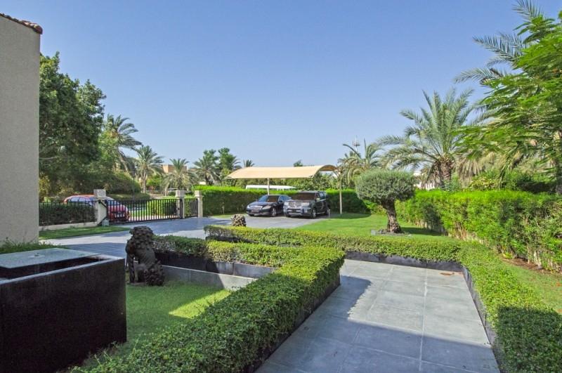5 Bedroom Villa For Sale in  Entertainment Foyer,  Jumeirah Islands | 15