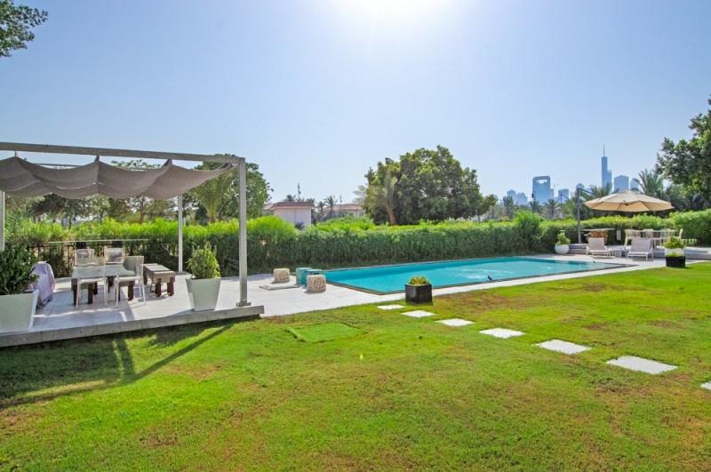 5 Bedroom Villa For Sale in  Entertainment Foyer,  Jumeirah Islands | 17