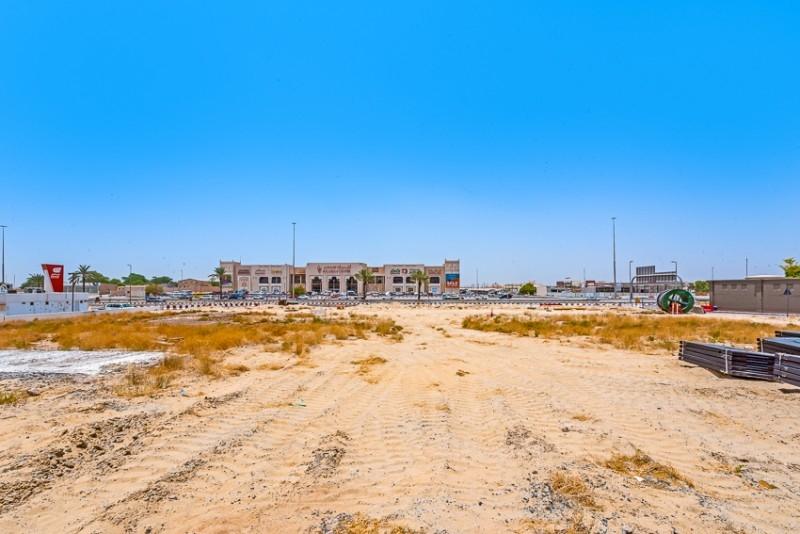 Studio Commercial Plot For Sale in  Mushrif Village,  Mirdif   6
