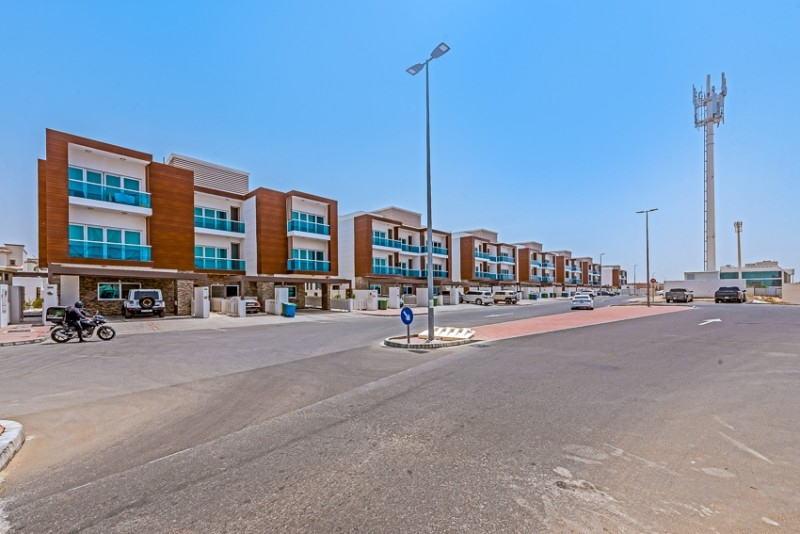 Studio Commercial Plot For Sale in  Mushrif Village,  Mirdif   9