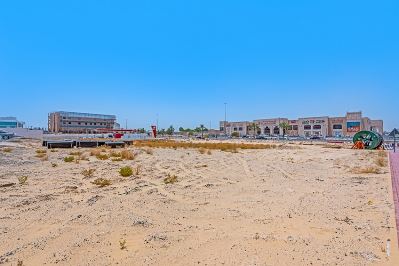 Studio Commercial Plot For Sale in  Mushrif Village,  Mirdif   11