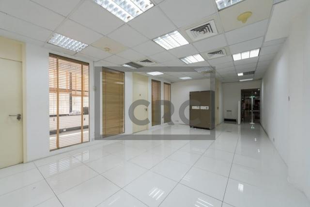 1,000 sq.ft. Office in Bur Dubai, Al Mankhool for AED 90,000